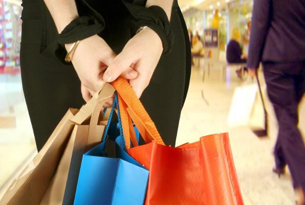 Mala škola prodaje na malo KAKO prodati kupcu u maloprodaji?