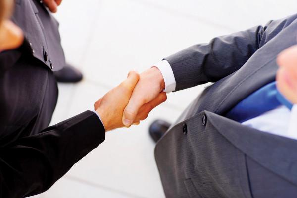 Odnosi sa  kupcima KAKO pružiti vrhunsku uslugu kupcu i klijentu?