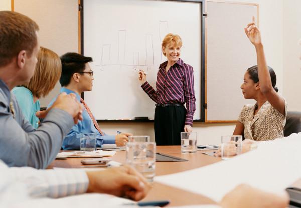 Uticanje i uveravanje Kako uticati na svest učenika da promene mišljenje?